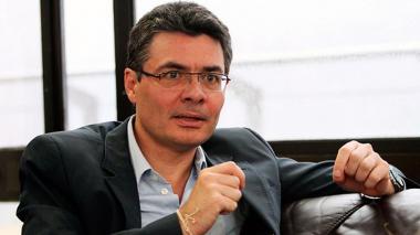 La emotiva carta de despedida de Alejandro Gaviria como ministro de Salud