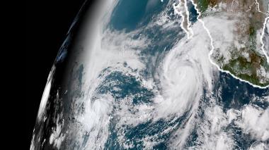 Habrá menos huracanes en este 2018: meteorólogos