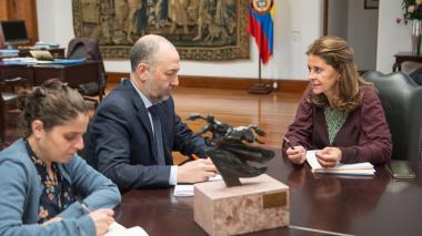 Vicepresidenta se reunió con embajador de Israel en Colombia