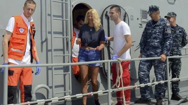 Hallan viva a una británica que cayó de un crucero en el Mar Adriático