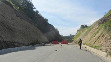 Este es el tramo de la doble calzada Sincelejo-Toluviejo que no ha podido ser habilitado desde su construcción, debido a los constantes derrumbes.