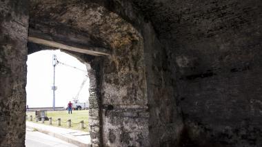 Costra negra, enemiga silenciosa de las murallas de Cartagena
