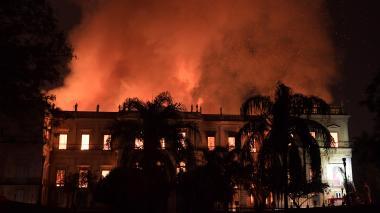 Francia ofrece su ayuda en restauración del Museo Nacional en Río