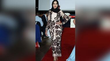 Histórico: Mujer desfila con hijab en Miss Inglaterra