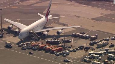 Alerta en vuelo de Emirates que llegó a Nueva York con pasajeros enfermos