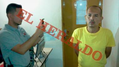 Juan Carlos Sánchez Latorre, en una foto de reseña antes de ser extraditado.
