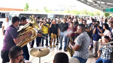 Papayera y jazz: nota sonora en la estación Joe Arroyo