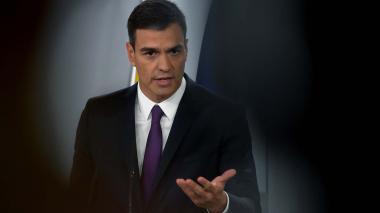 """""""Hay dudas razonables sobre su tesis doctoral"""": señalan de plagio a Pedro Sánchez"""