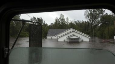 Florence deja 13 muertos y amenaza con nuevas inundaciones en EEUU