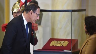 Presidente Vizcarra amenaza con disolver Congreso en Perú