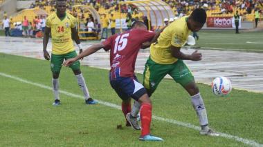 Real Cartagena y Unión Magdalena empatan a un gol en clásico costeño de la B