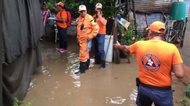Lluvia de este lunes deja 12 barrios inundados y 39 casas afectadas en Santa Marta