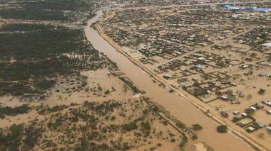 En video | 18 barrios de Uribia siguen bajo el agua