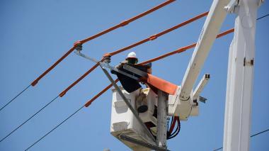Suspenden energía por mantenimientos en subestación La Unión