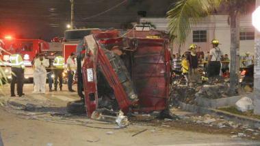 Volqueta queda sin freno bajando 'los toboganes': un muerto