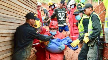 Al menos 9 muertos por deslizamiento en Santander