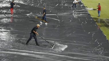 La lluvia puso 'out' el juego de Colombia