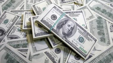 El dólar alcanza su cotización más alta en los 2 últimos años