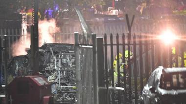 Se estrella helicóptero del presidente del Leicester City cerca de su estadio