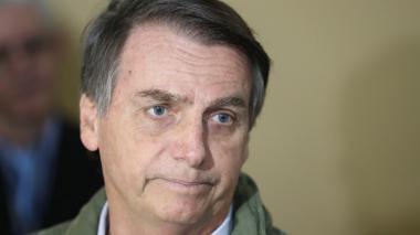Anuncios, confusión y retrocesos en la primera semana de Bolsonaro