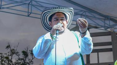Soledad escoge a un decimero como su rey momo 2019