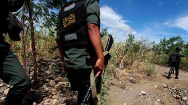 Tres militares venezolanos murieron en ataque del ELN en frontera con Colombia