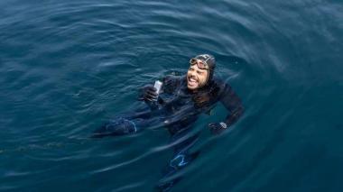Por primera vez, un hombre da la vuelta a Gran Bretaña nadando