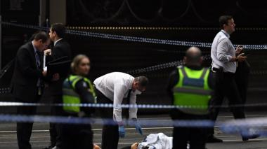 "Ataque ""terrorista"" con cuchillo en Melbourne: una persona muerta"