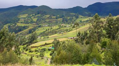 Minvivienda lanza proyecto de saneamiento básico en  el campo