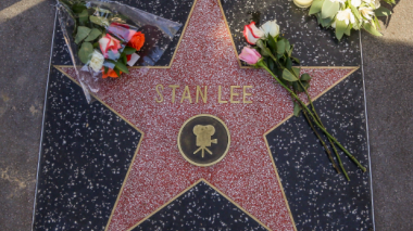 Estrellas de Hollywood aplauden labor creativa de Stan Lee