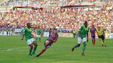 Ricardo Márquez es el goleador del Unión y revelación del futbol de la B.