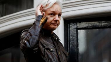 EEUU alistaba acusación contra Julian Assange