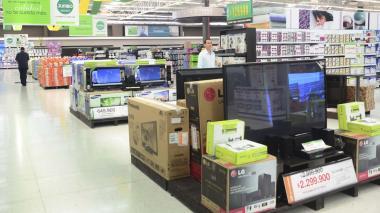 Confianza del consumidor sigue en negativo