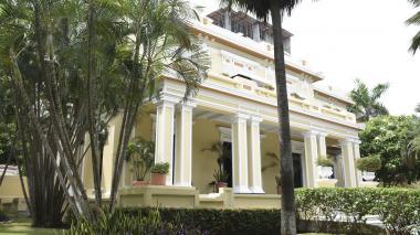 Viajes y congresos de Andesco se facturaron como asistencia técnica