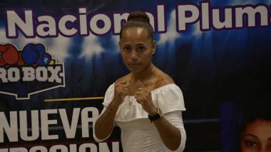 Jenifer Rodríguez, por  el título nacional pluma