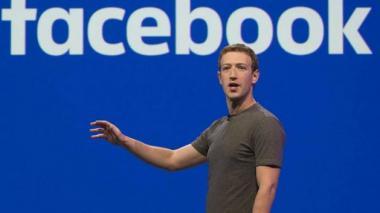 Zuckerberg dice que no está pensando en dimitir