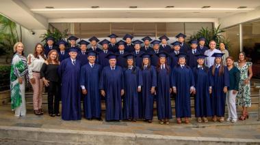 ¡Se graduaron con apoyo de Expreso Brasilia!
