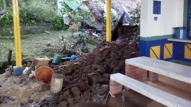 Asciende a cuatro el número de muertos por deslizamiento en Calarcá
