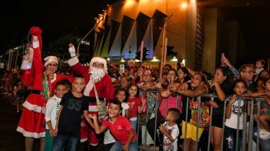 Bienvenida la Navidad en la Gran Parada de la Luz