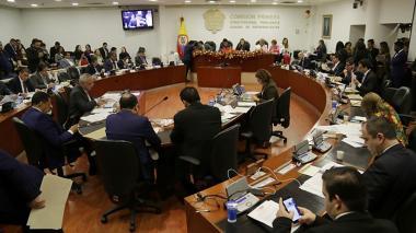 En la reforma política ahora proponen crear la figura del vicegobernador