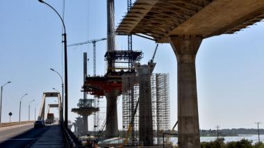 """Alertan de """"corrosión y fisuras""""  en obras del puente Pumarejo"""
