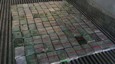 Policía Antinarcóticos incauta 126 kilos de cocaína en el Puerto de Santa Marta