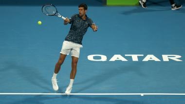Djokovic empieza 2019 con una victoria aplastante en Doha