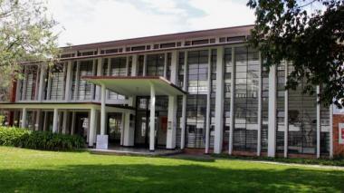 Fachada de la Universidad Nacional en Bogotá.