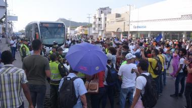Marchas en Cartagena por alza en Transcaribe