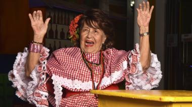 En video   La caracterización de Esthercita Forero en manos de Magaly Vergara
