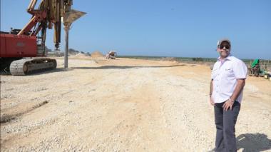 Alejandro Char hace un recorrido de inspección a las obras del Gran Malecón.