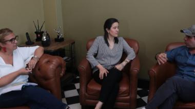 La ministra de las TIC, Sylvia Constaín, en su encuentro con el alcalde Alejandro Char. Con ellas la secretaria de Educación Distrital, Bibiana Rincón.