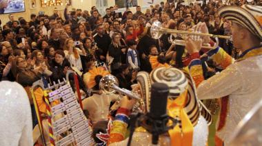 Los integrantes de la Banda de Baranoa en Fitur.