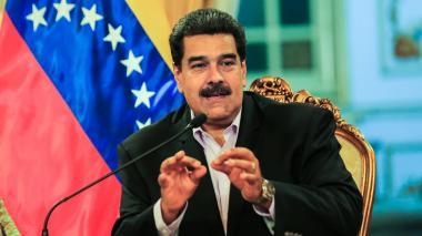"""Maduro dispuesto a convocar legislativas en Venezuela, Guaidó pide """"más sanciones"""""""